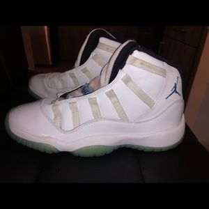 Air Jordan 11 Retro 'Legend Blue' 2014 Size 7
